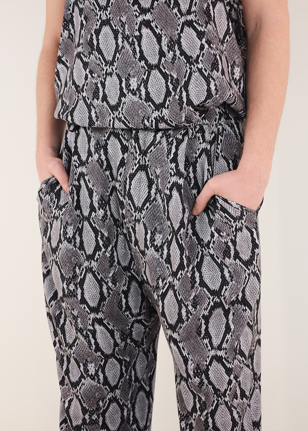 Snake Balloon Pants 5