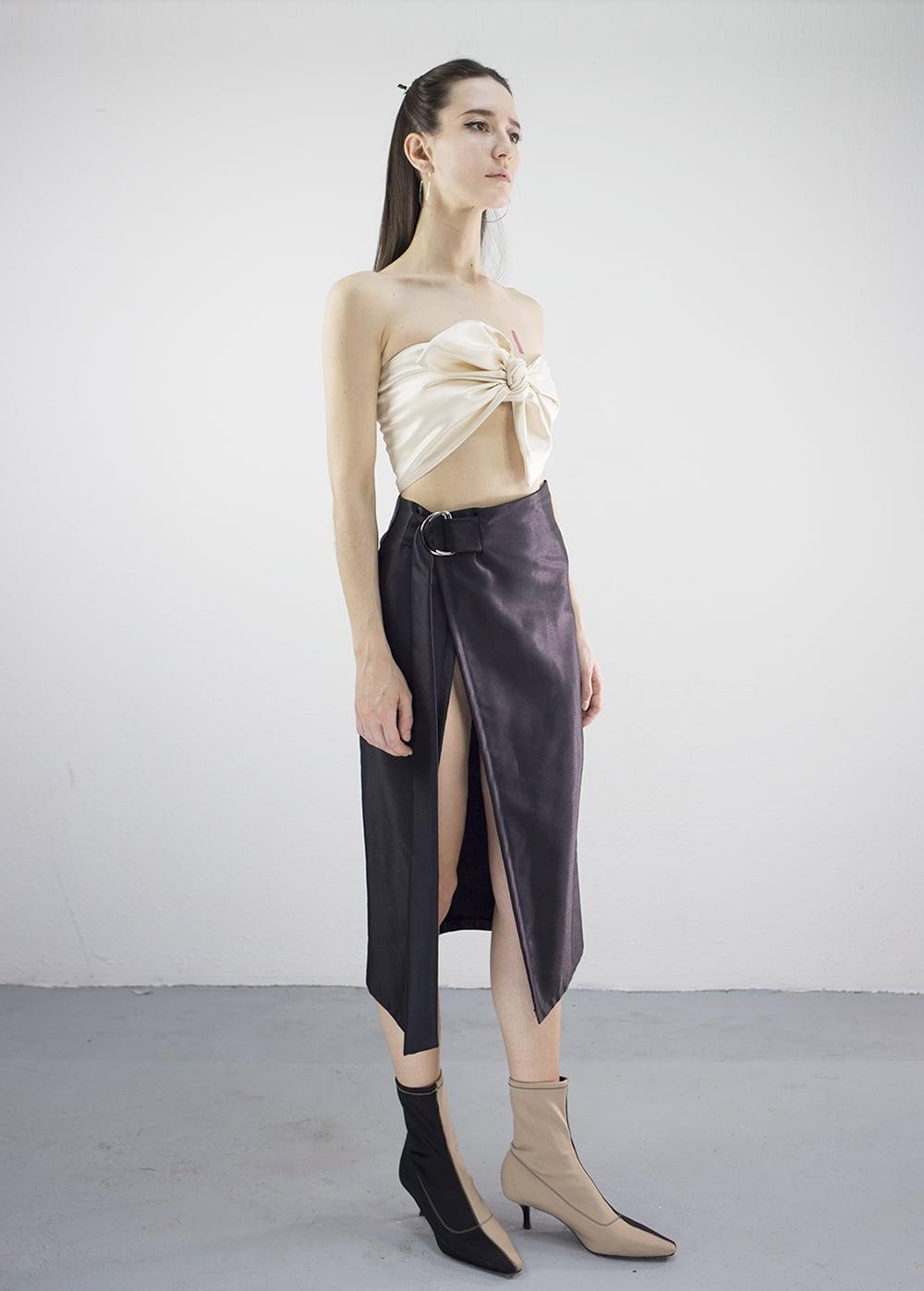 Super-Hi Slit Skirt 1
