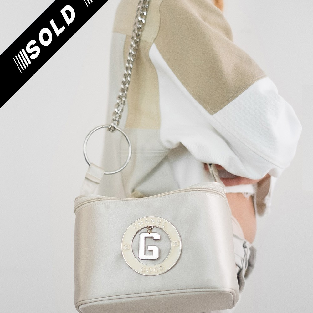 Fake Chanel G Bag 4