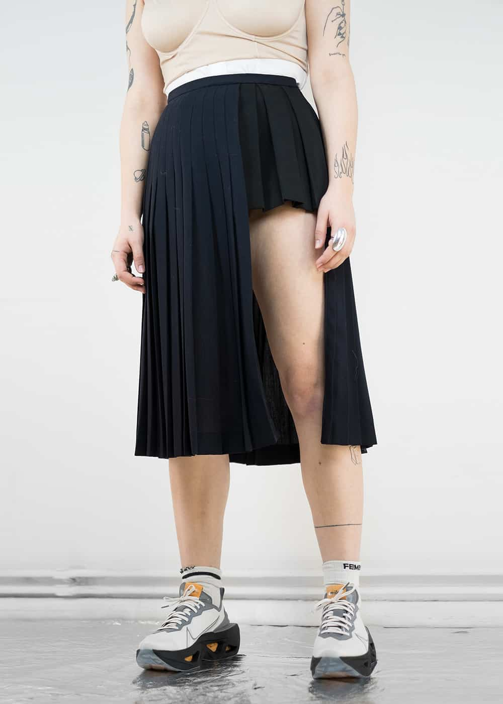 Pleated Wool Slit Skirt 157
