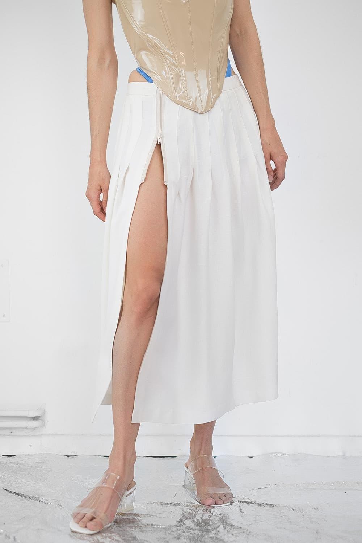 Pleated Slit Skirt 2
