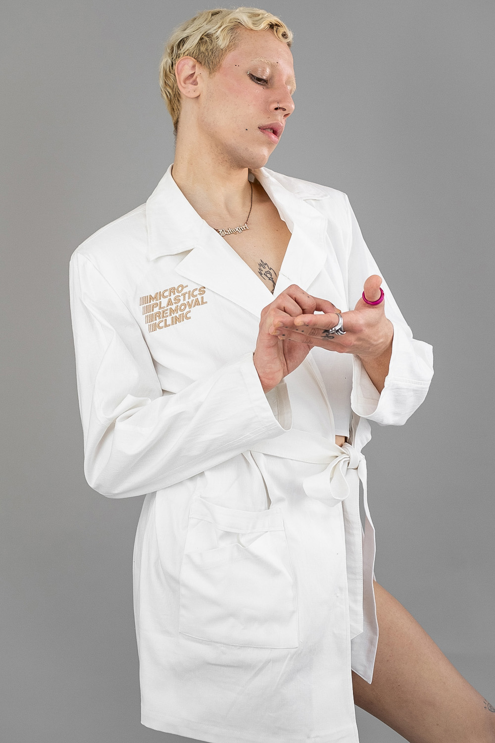 Removal Clinic Jacket 2